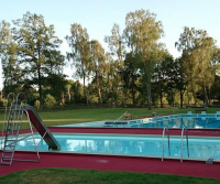 Open air swimming pool